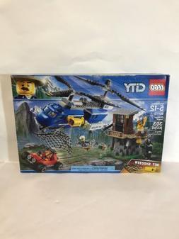 LEGO City Mountain Arrest 60173 303 Pieces Ages 5-12 New Sea