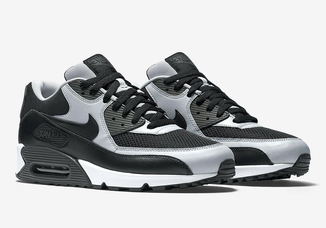 Nike Essential Black Wolf 537384-053 NEW