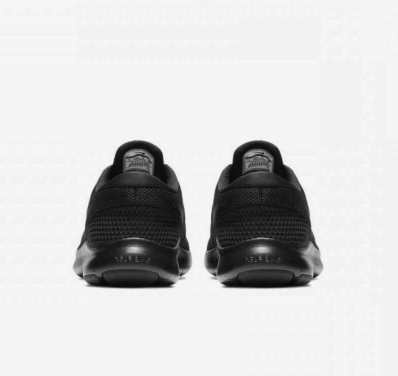 Nike 7 908985 Black NIB