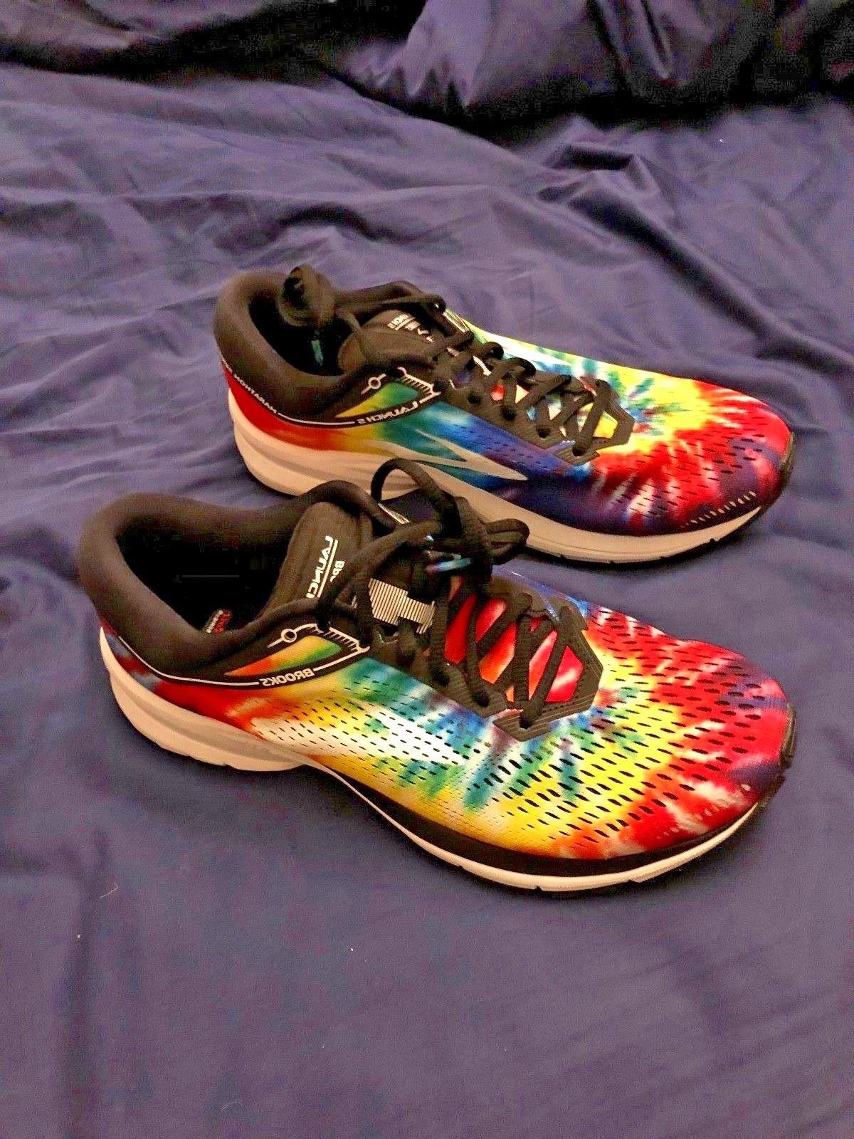 launch 5 womens tie dye shoes nib