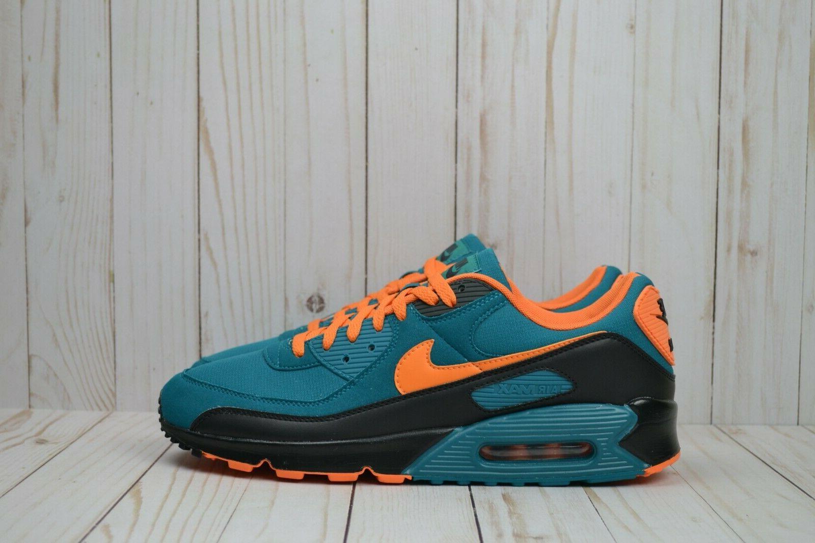 NIB Nike 90 Size Running