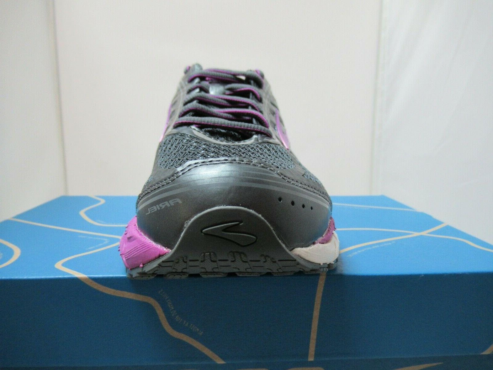 Womens 16 Control Running Shoes